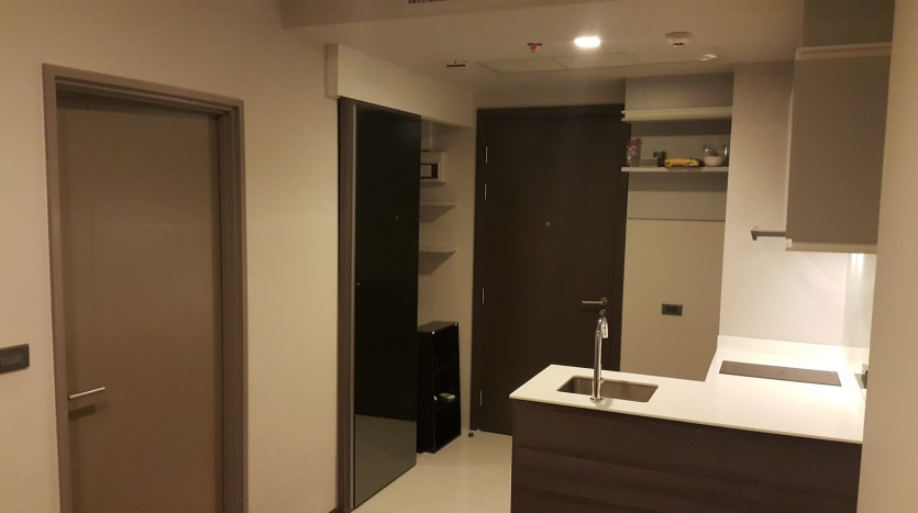 One bed condo for sale in Ekkamai - Storage