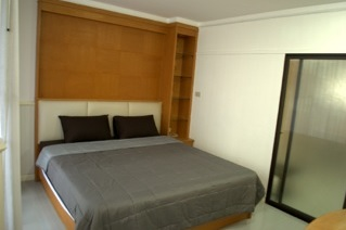One bed condo for rent in PhromPhong - Bedroom