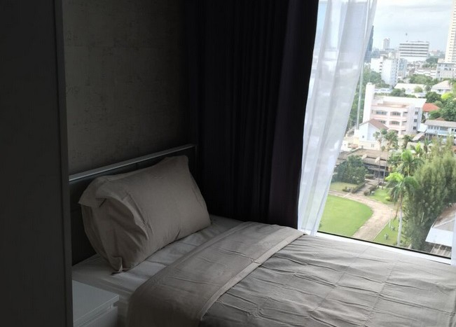 Two bed condo for rent in Ekkamai - 2nd bedroom