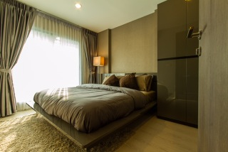 One bed for rent at Sathon - Bedroom