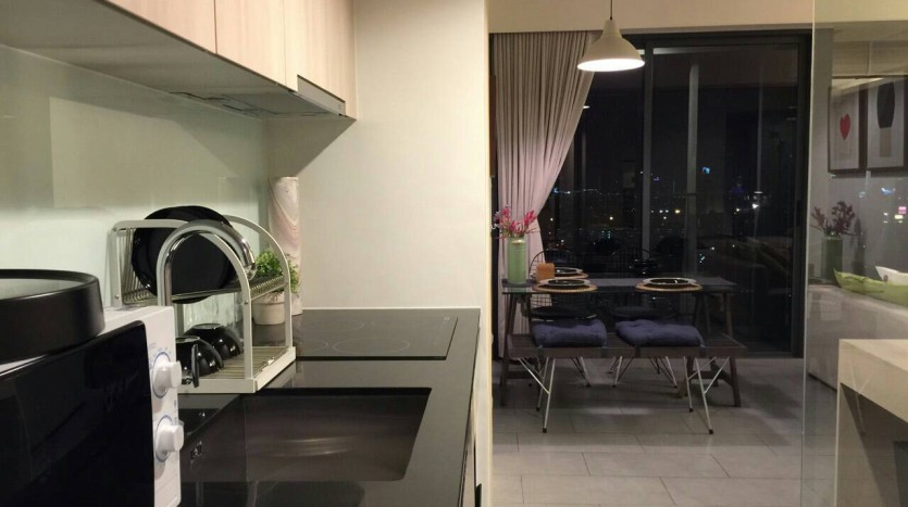 Two bed condo for rent in Ari - Kitchen