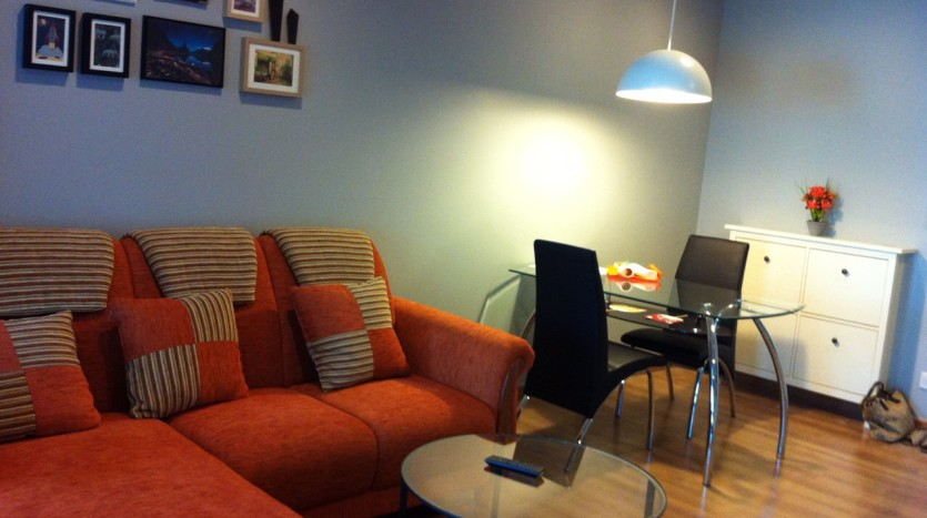 One bedroom condo available for rent in Siam - Living room