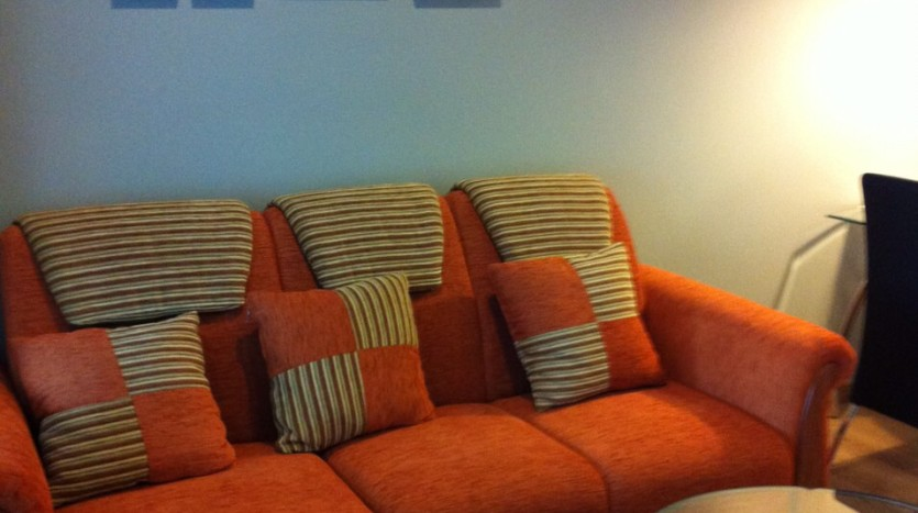 One bedroom condo available for rent in Siam - Sofa