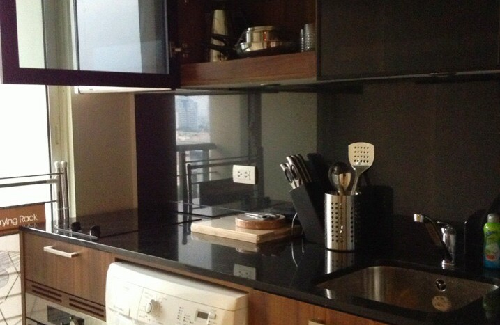 One bedroom condo for rent in Thong Lo - Kitchen two