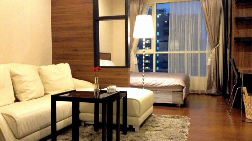 One bedroom condo for rent in Thong Lo - Living room