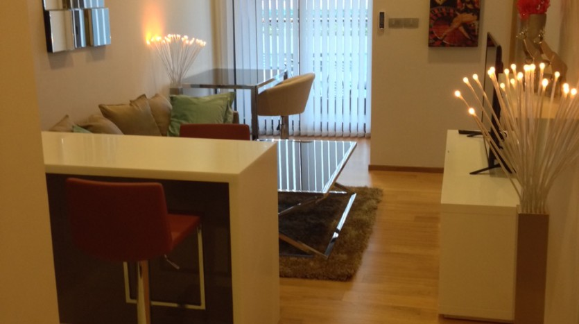 One bedroom condo for rent in Nana - Unit from entrance