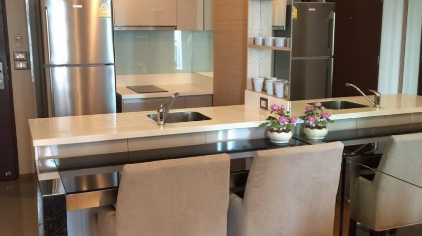 One bedroom condo for rent in Asoke - Breakfast bar