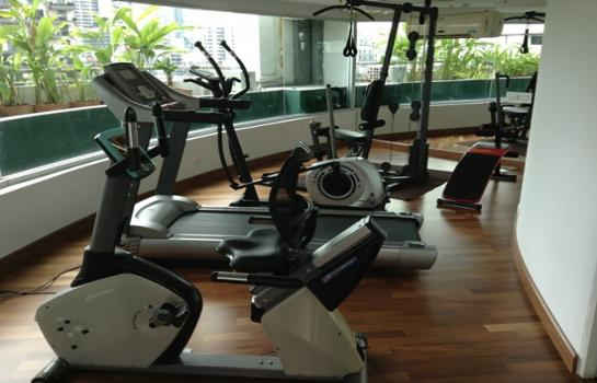 One bedroom condo for rent in Asoke - Gym