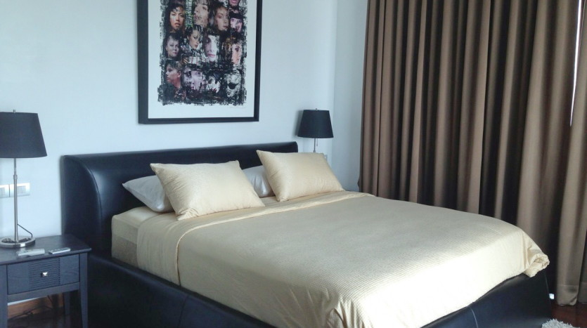 Luxury two bed for rent in Phrom Phong - Bedroom