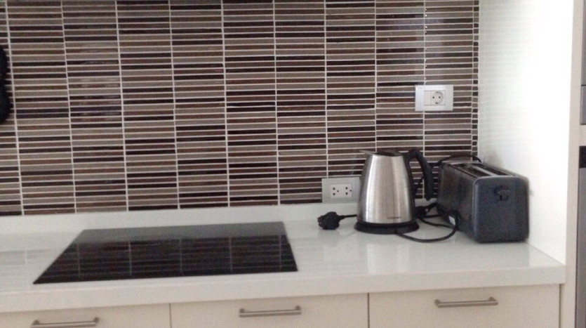 Luxury two bed for rent in Phrom Phong - Stove
