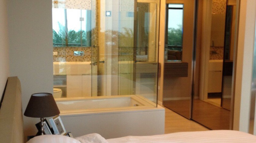 One bed for rent at Asoke - Bedroom