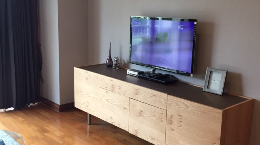 Two bed for rent at Phromphong - TV