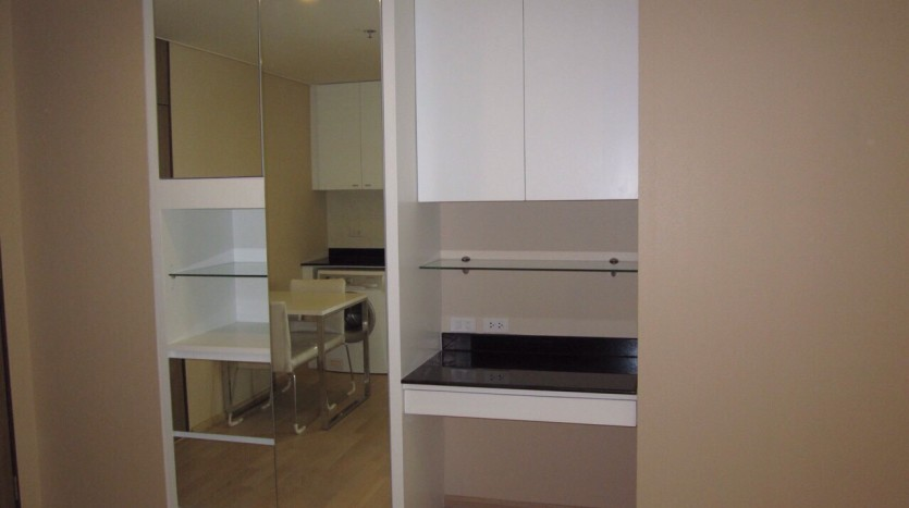 Studio for rent in Thong Lo - Storage