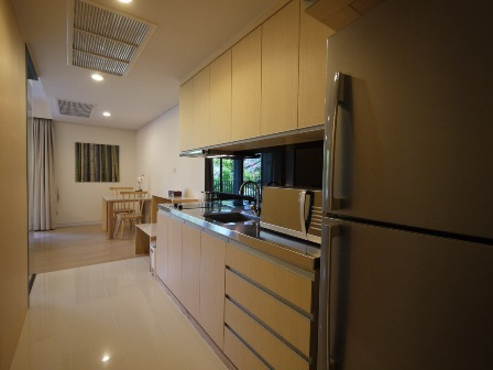 One bedroom condo for rent in Phrom Phong - Kitchen