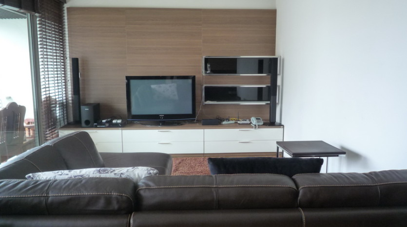 Two bedroom condo for rent in Phrom Phong - Living room