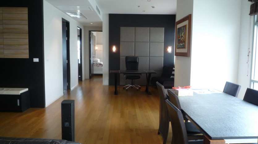 Two bedroom condo for rent in Phrom Phong - Dining room