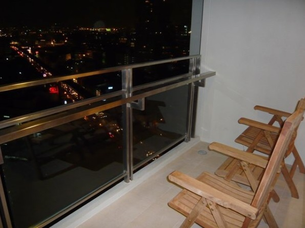 Two bed condo for rent at PhromPhong - Balcony