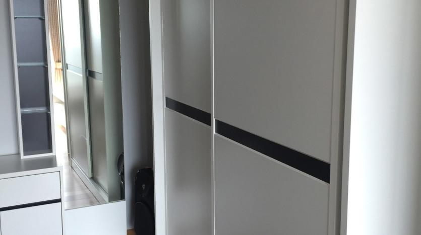 Two bedroom condo for rent in Ari - Wardrobe