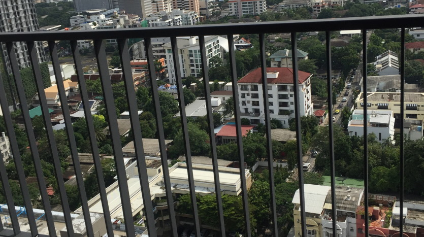 Two bedroom condo for rent in Ari - Balcony