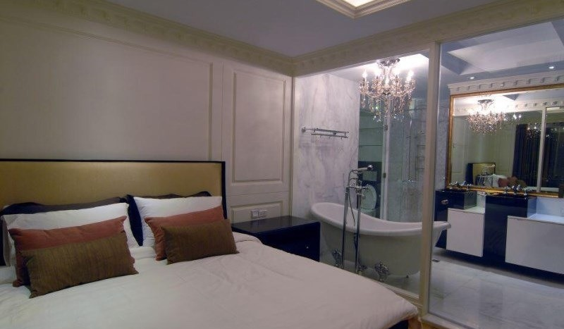 Luxury three bed unit at Silom for rent - Master bedroom2