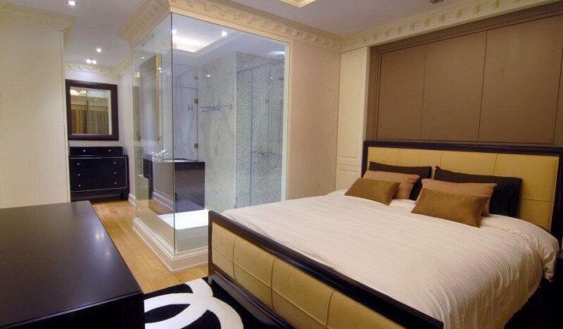 Luxury three bed unit at Silom for rent - Master bedroom1