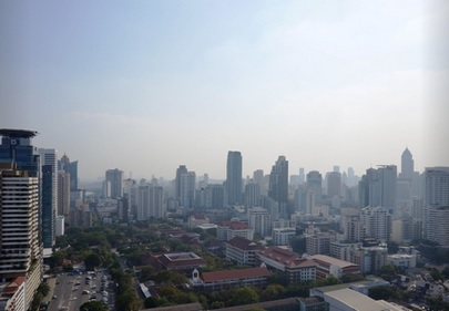 Two bed condo for rent at Asoke - City view