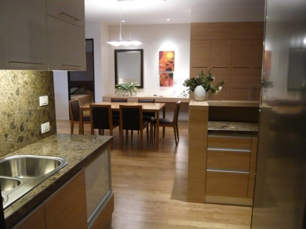 Two bed condo for rent at PhromPhong - Dining