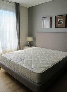 Two bed condo for rent at Asoke - Master bedroom