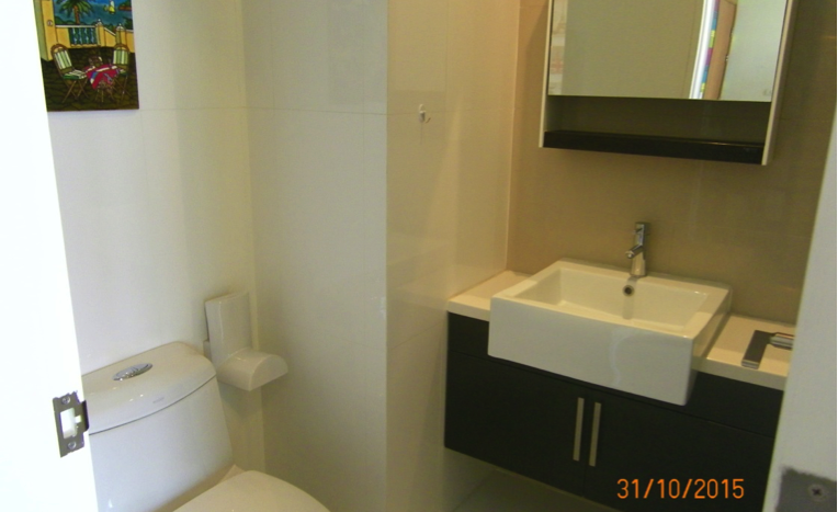 Two bedroom condo for rent in Phrakanong - Bathroom