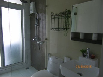 One bedroom unit for rent in Phra Khanong - Bathroom