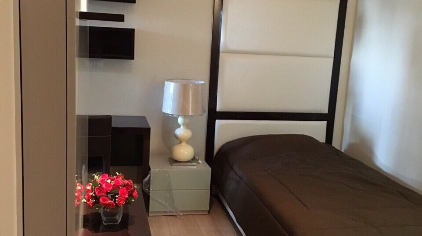 Two bedroom condo for rent in Ratchathewi - Second bedroom