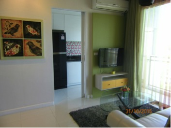 Two bedroom condo for rent in Phrakanong - TV