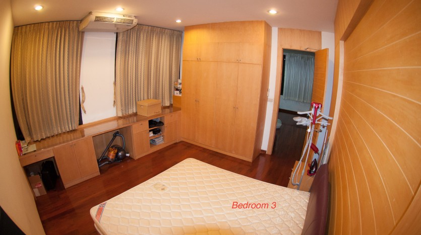 Three bedroom condo for rent in Phrom Phong - Third bedroom