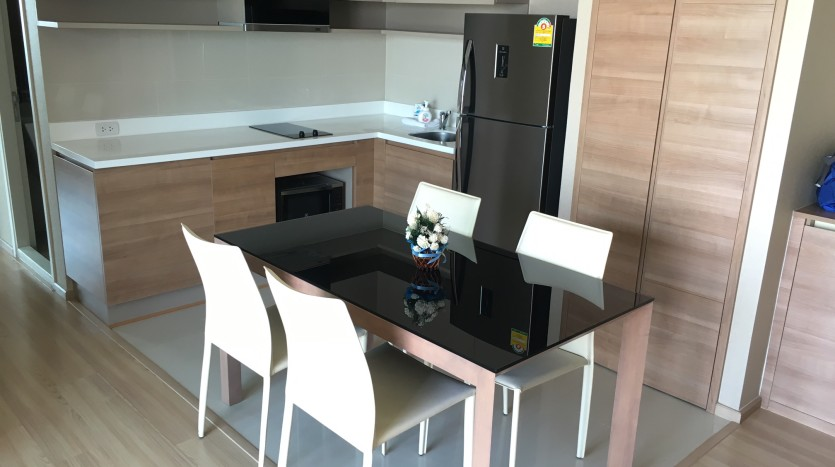 Two bedroom condo for rent in Ari - Dining area
