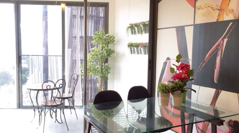 Two bedroom condo for rent in Ari - Conservatory