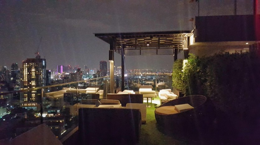 One bedroom condo for rent in Phrom Phong - Roof terrace