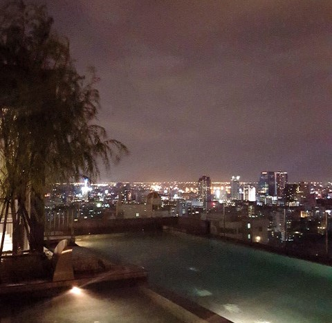 One bedroom condo for rent in Phrom Phong - Swimming pool