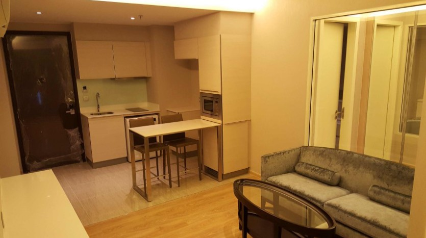 One bedroom condo for rent in Phrom Phong - Breakfast bar
