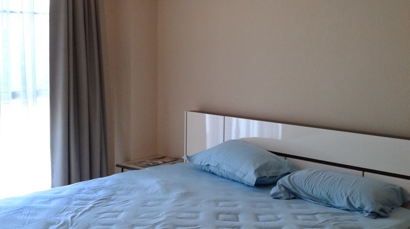 One bedroom condo for rent in Ari - Bed
