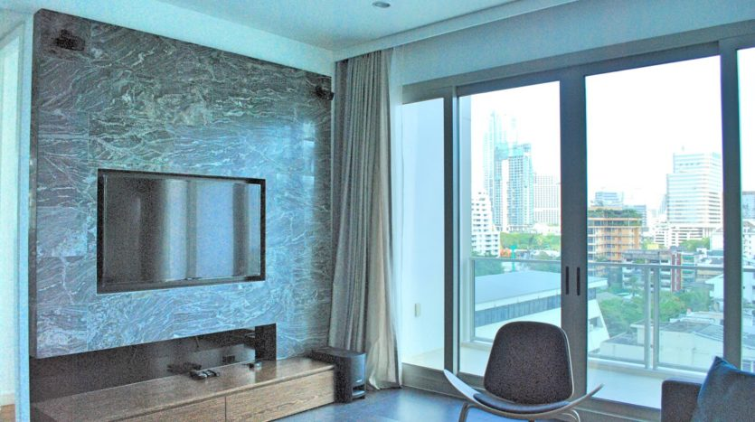 Two bedroom condo for rent in Rajadamri - TV