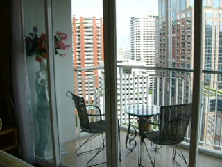 Three bedroom unit for rent in Langsuan - Balcony