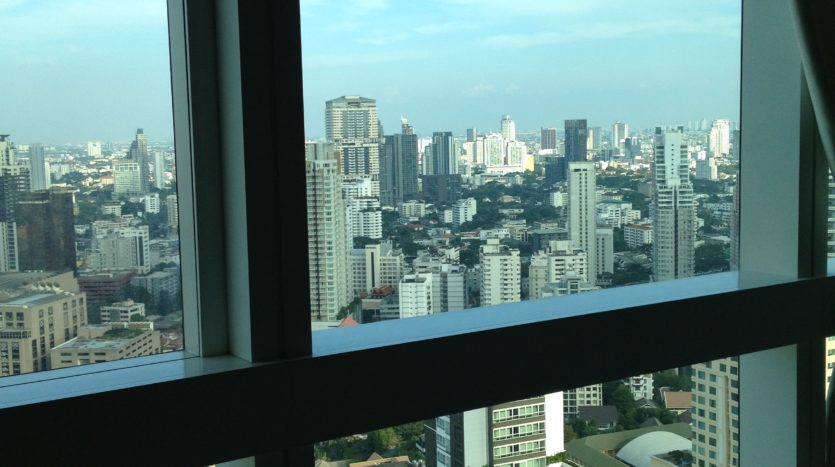 Two bedroom unit for rent in Asoke - View