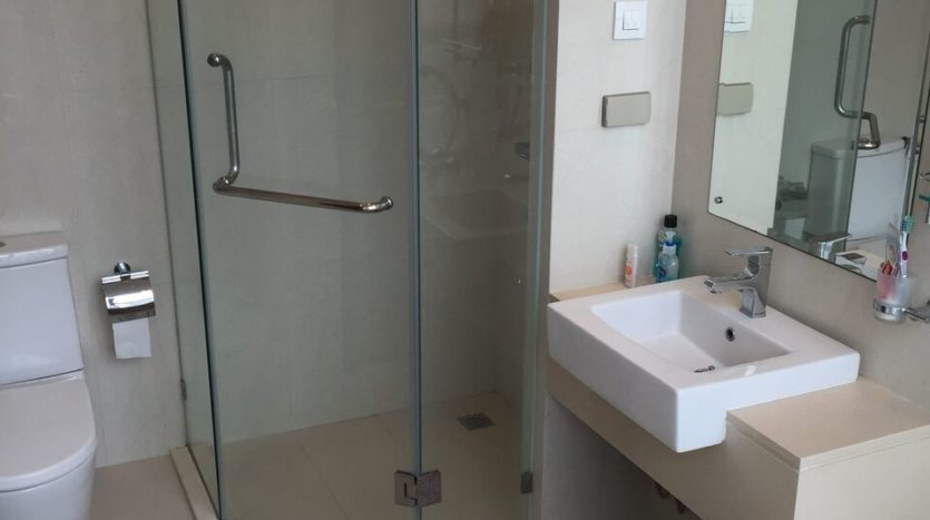 Two bedroom penthouse for rent in phrakanong - Bathroom