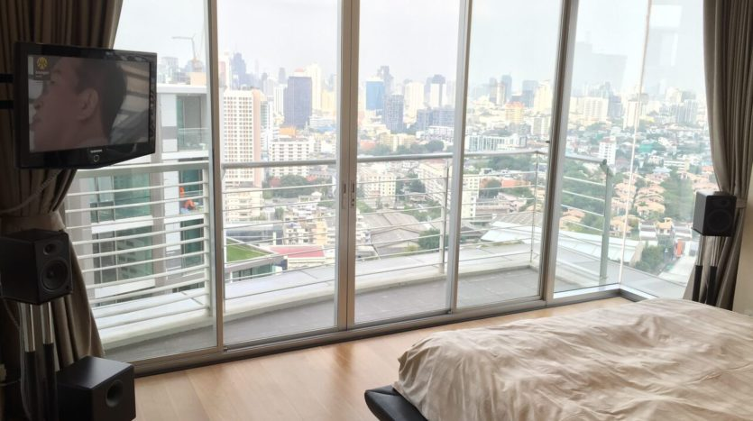 Two bedroom penthouse for rent in phrakanong - Bedroom with a view