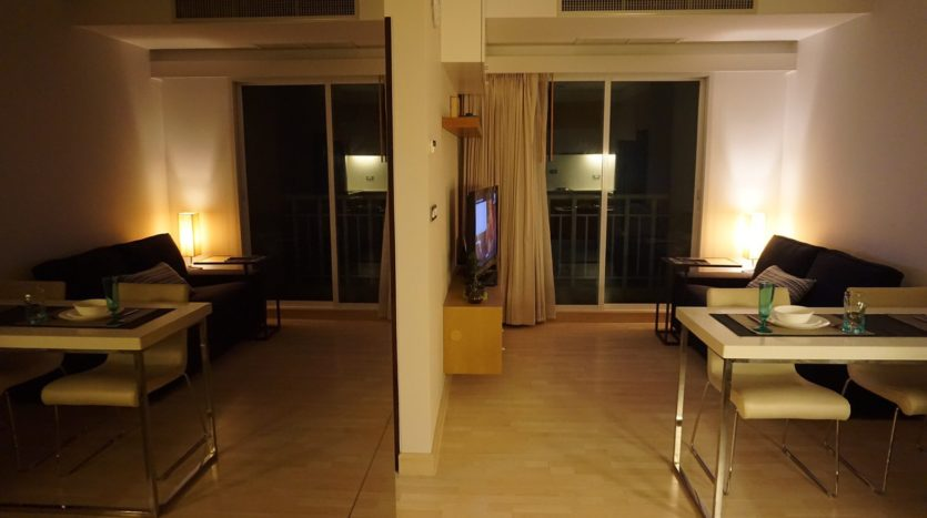 One bedroom condo for rent in Thong Lo - Dining area