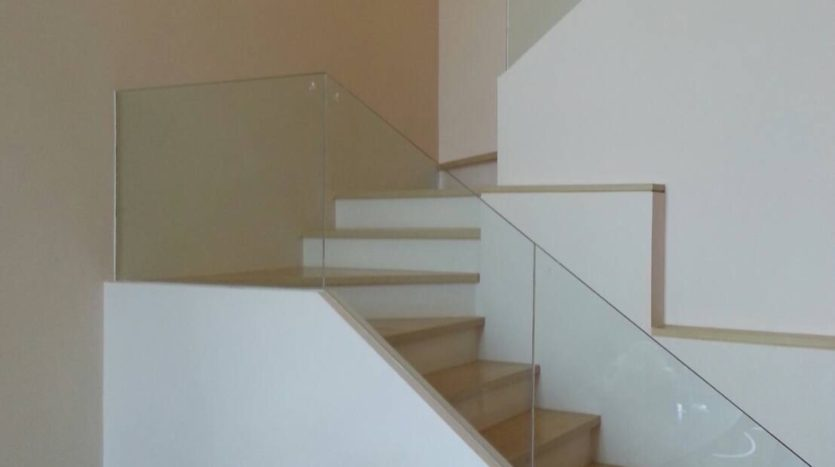 Two bedroom duplex for rent in Asoke - Stairs