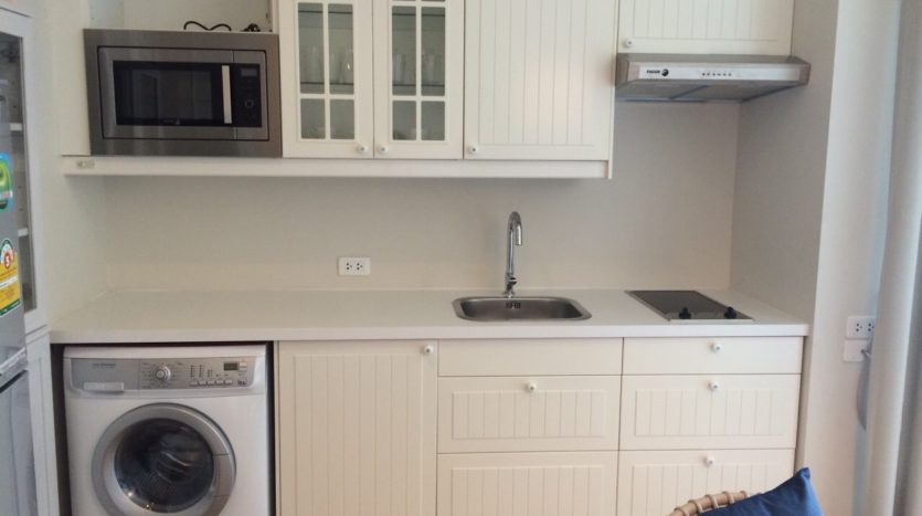 One bedroom condo for rent in Ari - Kitchen