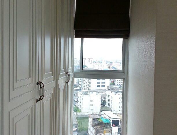 One bedroom condo for rent in Phrakanong - Wardrobe