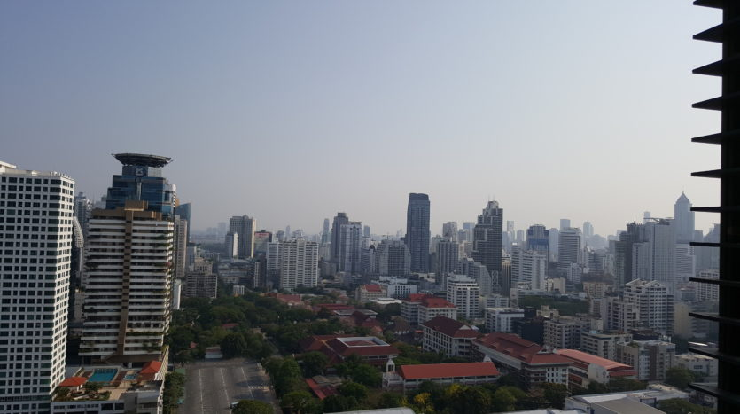 Two bedroom duplex for rent in Asoke - View