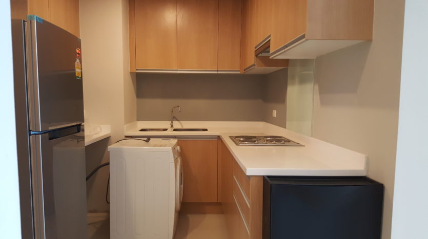 Two bedroom duplex for rent in Asoke - Kitchen